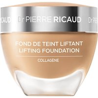 Foundation mit Lifting-Effekt bei Dr. Pierre Ricaud